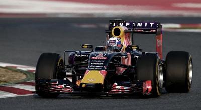 Red Bull ataca motor Renault