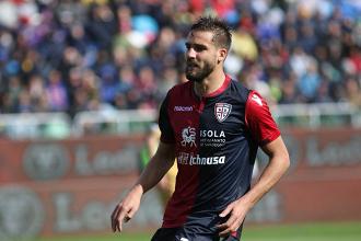 Leonardo Pavoletti (29), autore del gol del pareggio. Fonte. https://twitter.com/cagliaricalcio