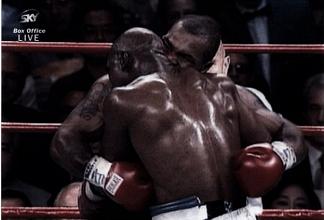 Accadde Oggi: Tyson VS Holyfield