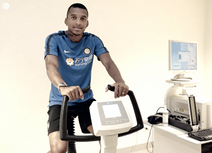 Dalbert llega al Inter para reforzar la defensa