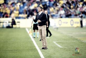 """Muñiz: """"Hicimos un gran esfuerzo físico, técnico y táctico ante un gran rival"""""""