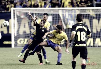 Alcorcón y Cádiz se reparten los puntos en un partido sin goles
