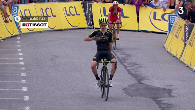 Adam Yates vince a Saint-Gervais Mont Blanc. Fonte: Criterium du Dauphiné/Twitter