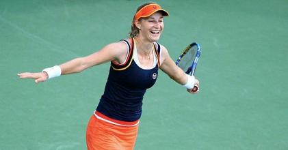 WTA Cincinnati - Kerber cede a Makarova, fuori anche Venus Williams