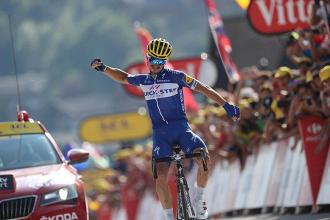 Tour de France - Le Grand Julian: Alaphilippe trionfa al primo arrivo in salita, ma i big dormono | Twitter Le Tour de France