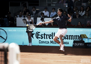 Novak Djokovic supera su debut en Roma