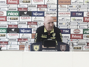 """Chievo, Maran avvisa i suoi: """"La Fiorentina ha meno punti di quanti ne meriti"""""""