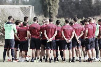 Cagliari, Lopez chiamato al riscatto contro la Lazio: le ultime