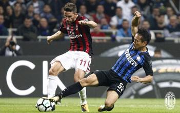 Il Milan perde il derby: la delusione dei giocatori rossoneri