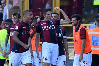 Il Bologna esulta per un gol. Fonte: https://twitter.com/bfcofficialpage