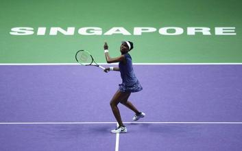 WTA Finals - Venus è eterna, batte la Muguruza e vola in semifinale