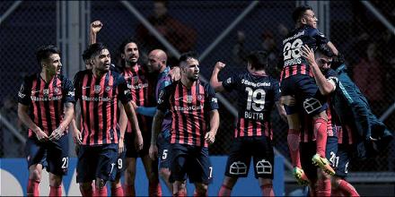 Copa Libertadores - River Plate, Santos e San Lorenzo agli ottavi, fuori Flamengo a Atletico Nacional
