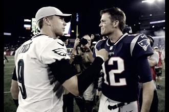 """Tom Brady desfaz mal entendido sobre Nick Foles: """"Tenho muito respeito por Nick"""""""