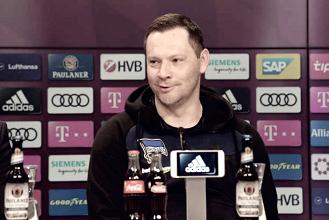 """Pál Dárdai enaltece desempenho do Hertha Berlin: """"Conquistar um ponto aqui é grande desafio"""""""