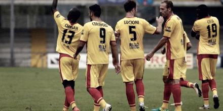 Serie B - Il Benevento travolge il Carpi: 3-0 al Vigorito