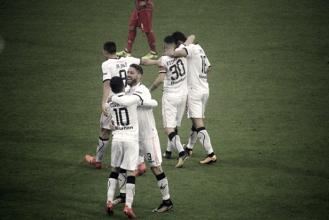 Serie B - Il Palermo torna in testa: battuta 1-2 la Cremonese