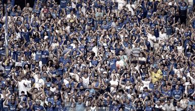 Com compra de pacote, torcida do Cruzeiro esgota dois setores para jogos da Libertadores no Mineirão