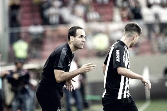 """Auxiliardo Atlético-MG ressalta apoio da torcida em goleada: """"Colocaram o time para cima"""""""