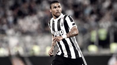 Juventus: primo gol amaro per un Douglas Costa in difficoltà