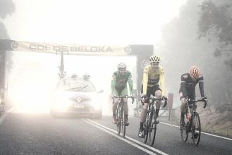 Ciclismo, Froome sceglie l'avvocato di Contador; McQuaid lo attacca | Twitter Chris Froome