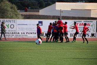 SD Formentera - CF Peralada: brega por la salvación