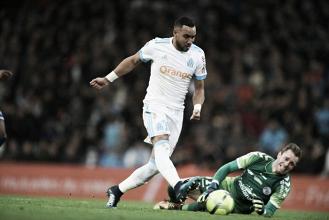 Payet 'entorta goleiro', marca golaço e Olympique de Marseille bate Strasbourg