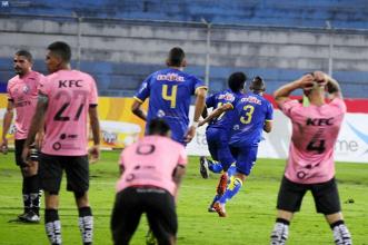 El Delfín consiguió un agónico empate ante el Independiente del Valle