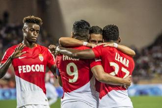 Ligue 1 - Finisce in parità il derby della Costa Azzurra, il Monaco sbatte su Balotelli (2-2)