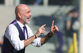 Diego Falcinelli in azione con la maglia del Sassuolo.   Fiorentina Twitter