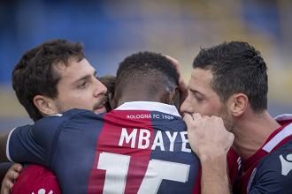 Serie A - Il Bologna sorride ancora: Destro e Falletti mettono KO il Genoa