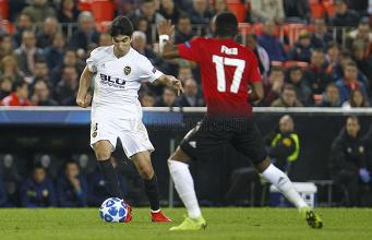 Champions League: il Manchester United crolla a Valencia ed è secondo (2-1)