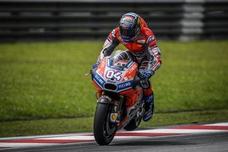 """MotoGP - La nuova Ducati funziona. Lorenzo: """"Veloci sul passo e sul giro; Dovi: """"Sempre meglio"""""""