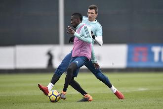 Juventus - Matuidi torna, ma si ferma De Sciglio; Dybala verso la maglia da titolare