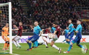 Europa League - Si inceppa il motore del Milan: l'Arsenal sbanca San Siro (0-2)