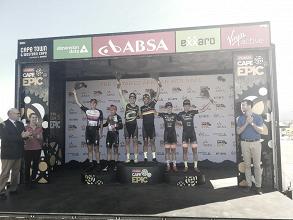 Manuel Fumic y Henrique Avancini ganan la primera etapa y se convierten en los nuevos líderes de la Cape Epic