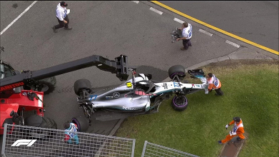 """Formula 1 - Bottas a muro: """"Mio errore, sono andato sull'umido"""""""