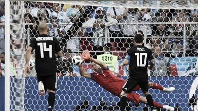 Messi perde pênalti, goleiro brilha e assegura empate da Islândia contra Argentina