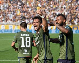 Il Cagliari fa il colpaccio: battuto 1-3 uno sfortunato Parma