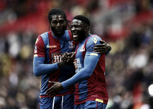 Emmanuel Adebayor insistió que fue un error haber jugado en el Crystal Palace
