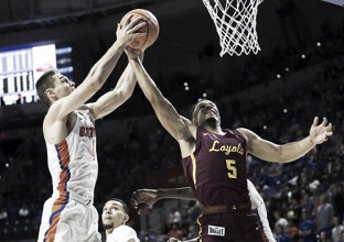 NCAA Basketball: Loyola (IL) stuns Florida 65-59