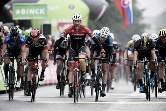 BinckBank Tour, Edward Theuns vince la quarta tappa