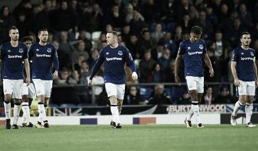Previa Everton - Lyon: necesidad de victoria