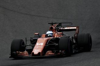 Honda enreda la situación con Fernando Alonso