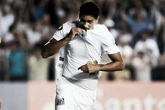"""Lucas Veríssimo lamenta terceiro cartão amarelo e comemora gol marcado: """"Fui coroado"""""""