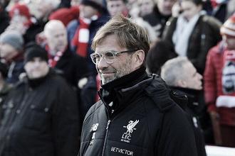 Klopp comemora atuação do Liverpool contra West Ham e minimiza chegada à vice-liderança