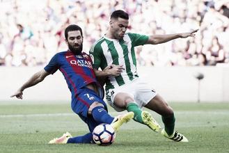 Sem Suarez e Iniesta, Barcelona recebe Real Bétis na estreia em La Liga
