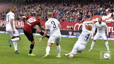 1. FC Nürnberg 2-1 Erzgebirge Aue: Teuchert's solo strike secures three points for 10-man FCN