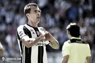 Mandzukic renueva con la Juventus hasta 2020