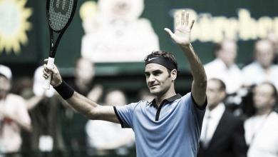 Federer conquista marca histórica em dia cheio de jogos em Halle