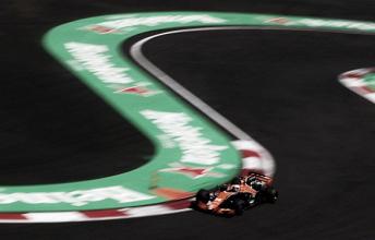 """Alonso, satisfecho con el McLaren: """"El agarre es muy bueno y se pilota de forma fácil e intuitiva"""""""